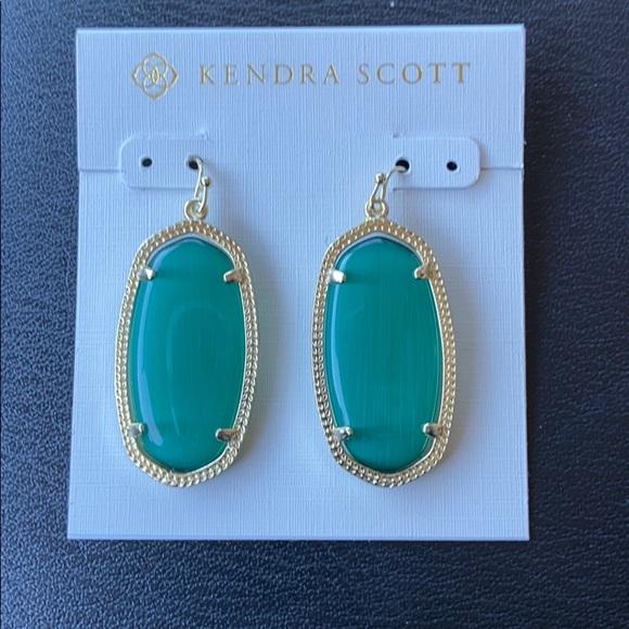 NWOT Kendra Scott emerald cats eye earrings